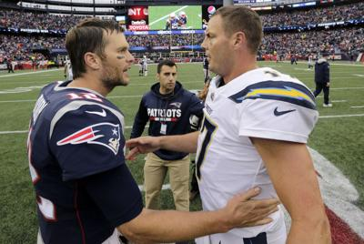 Chargers Patriots Football