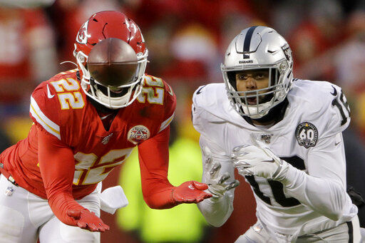 Mistakes doom Raiders in 2nd straight lopsided loss