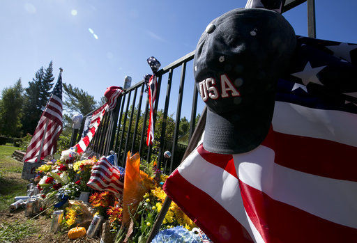 Some Las Vegas victims died with family, friends at side
