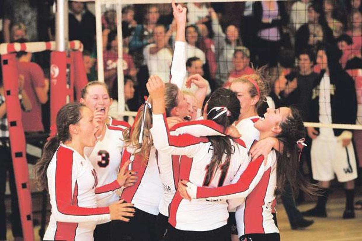 2010 St. Helena High volleyball players