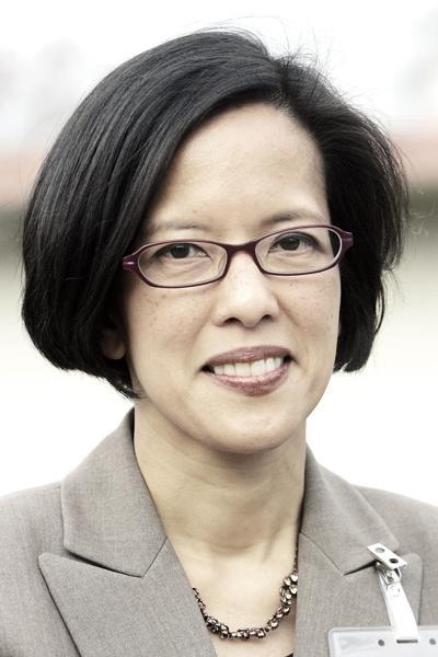 Dr. Karen Relucio