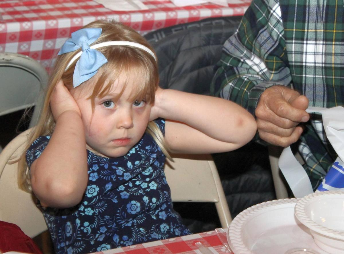"""""""Having a good time"""" was never so loud at the Crab Feed"""