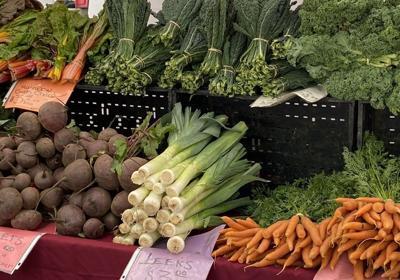 Tu Universo Farms at St. Helena Farmers' Market