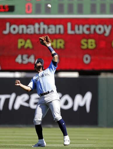 Former ace Hernandez upset over Mariners' opening day plan
