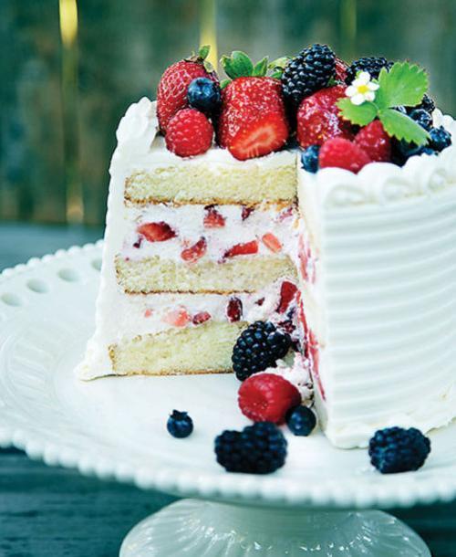 Berries and Cream Cake