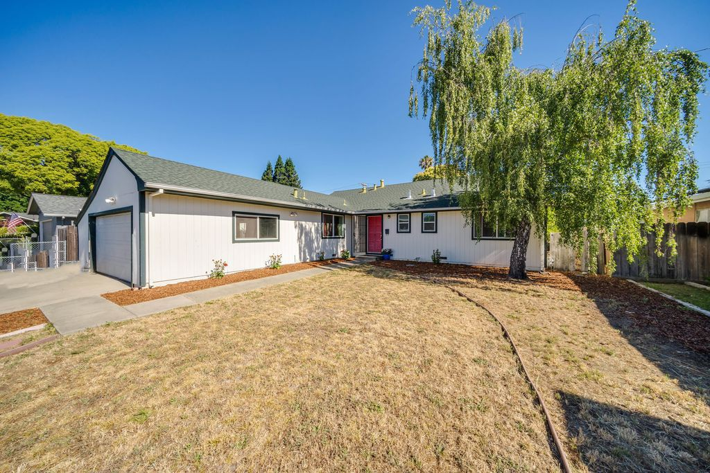 This home at 138 Dodge Court in Napa was recently listed for $615,000