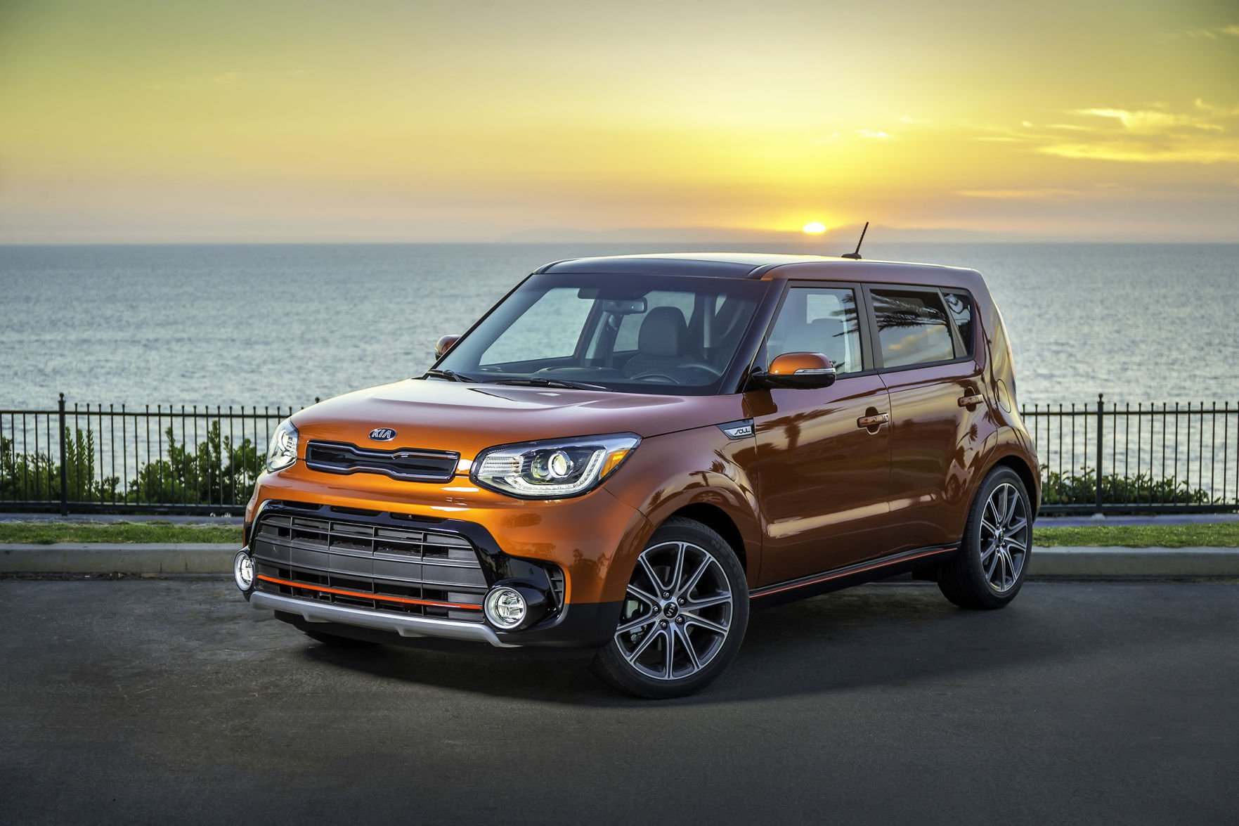 The Kia Soul Makes A 201 Horsepower, Turbocharged Engine Available This  Year. Interestingly, The Most Powerful Engine In The Lineup Is Also The  Most Fuel ...