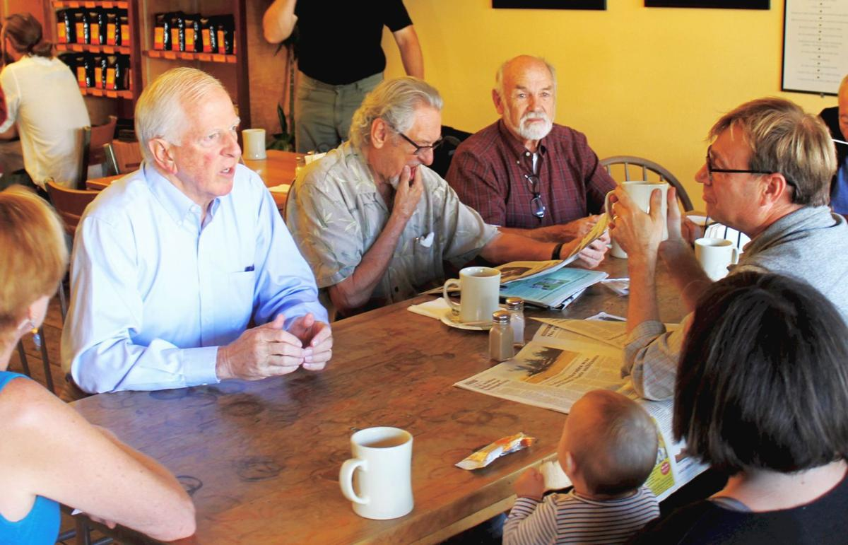"""Thompson at """"The Table of Knowledge"""" in Calistoga"""