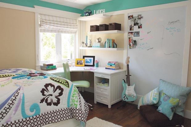 Harvest Middle School Students Design Their Fantasy Bedrooms - Fantasy bedrooms