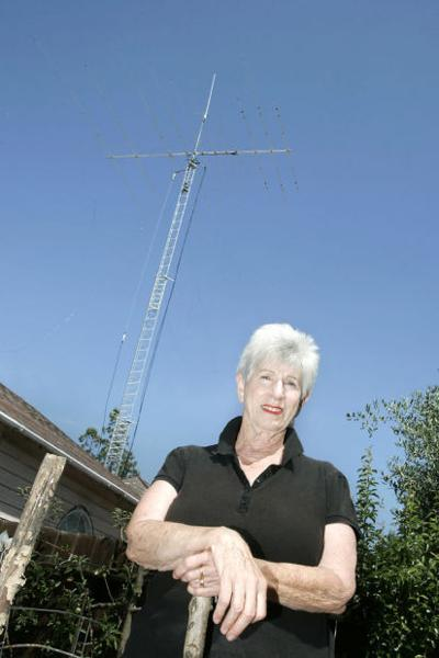 Study ordered for controversial ham radio antenna | Local News