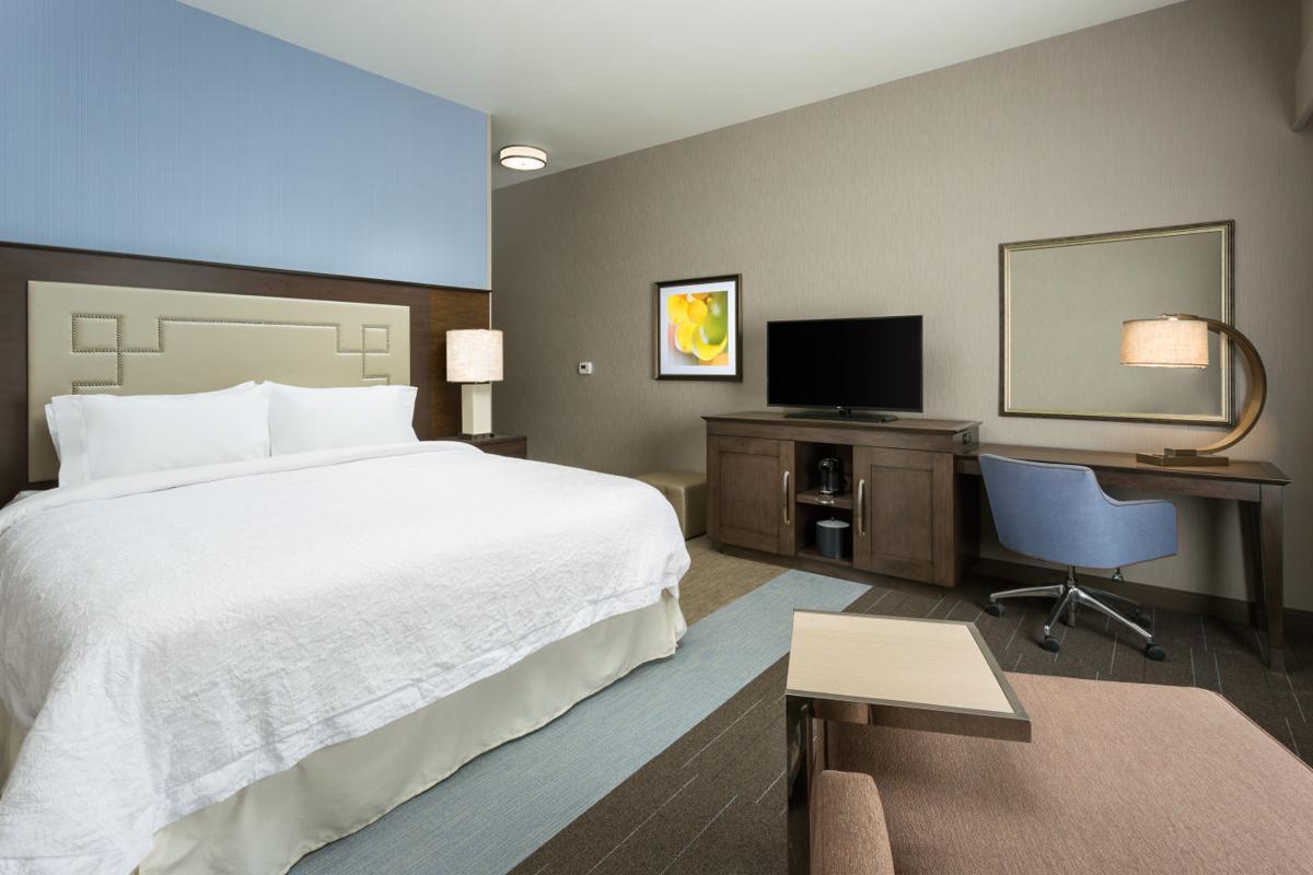 Napa hotel room