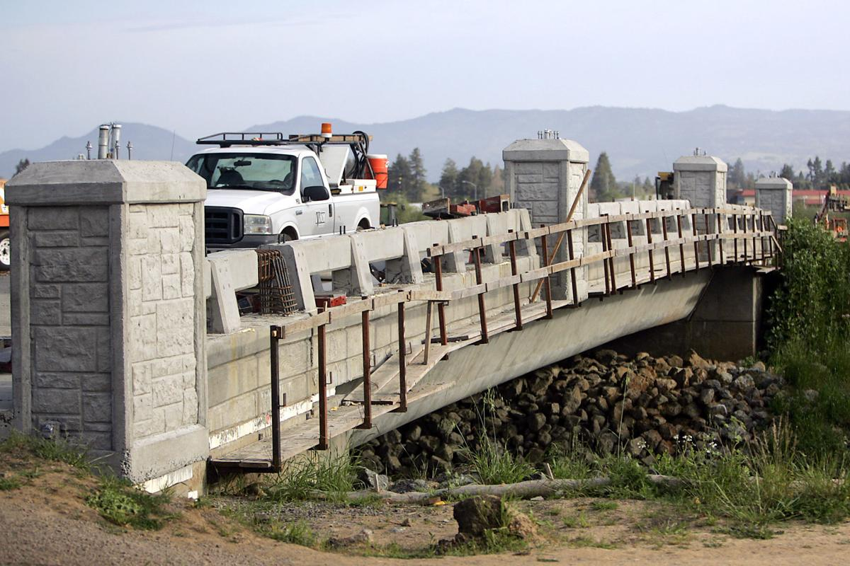 Gasser Drive Bridge closer view