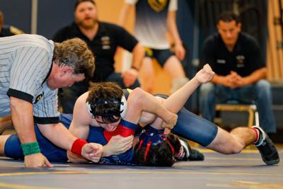 Napa High Grizzlies vs. Justin-Siena Varsity Wrestling