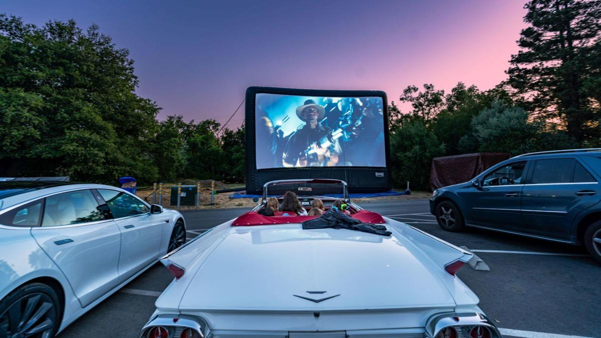 """""""Jurassic Park"""" at the Cameo drive-in"""