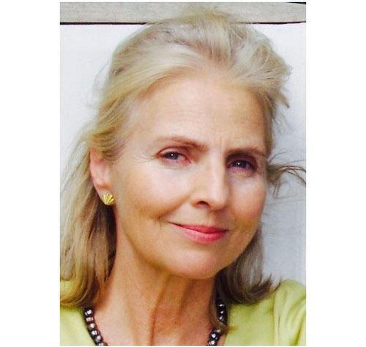 Carolyn Fee