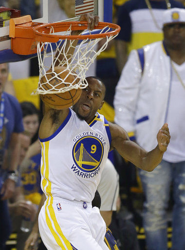 Andre Iguodala doesn't want credit for being Warriors leader
