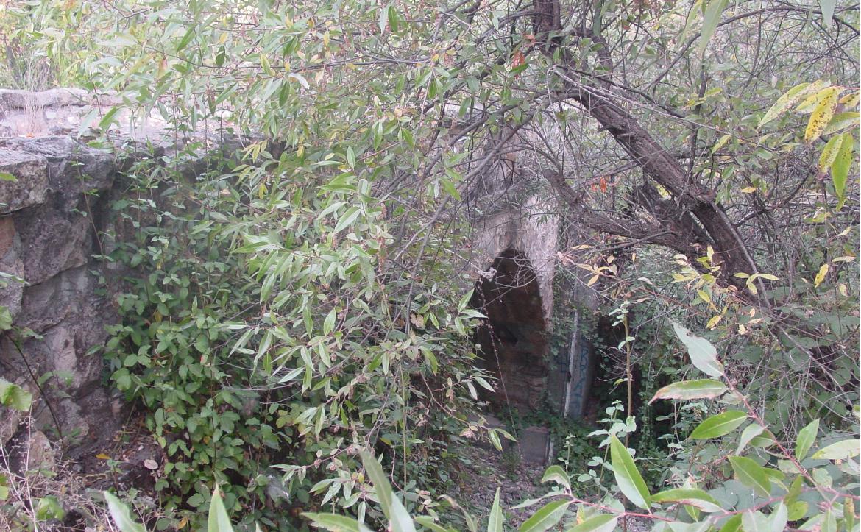 Greenwood Avenue stone bridge