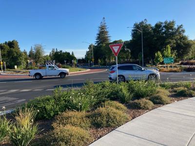 Napa roundabouts, First St