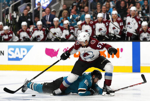 Avalanche beat Sharks 4-3 to even series at game apiece