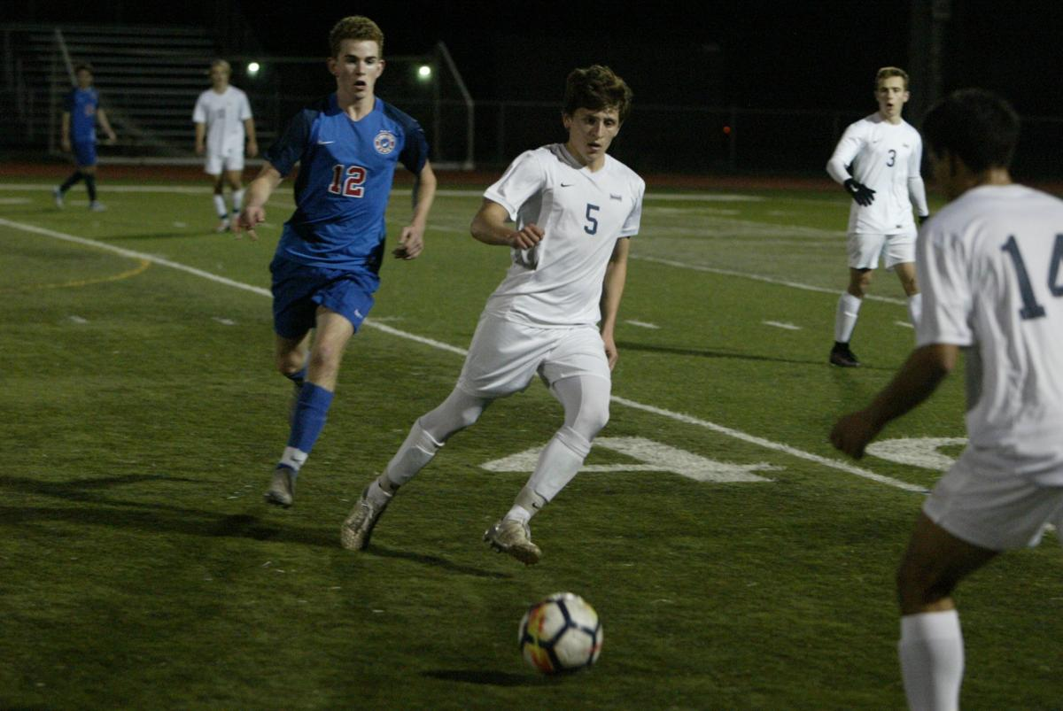 Justin-Siena Boys Soccer