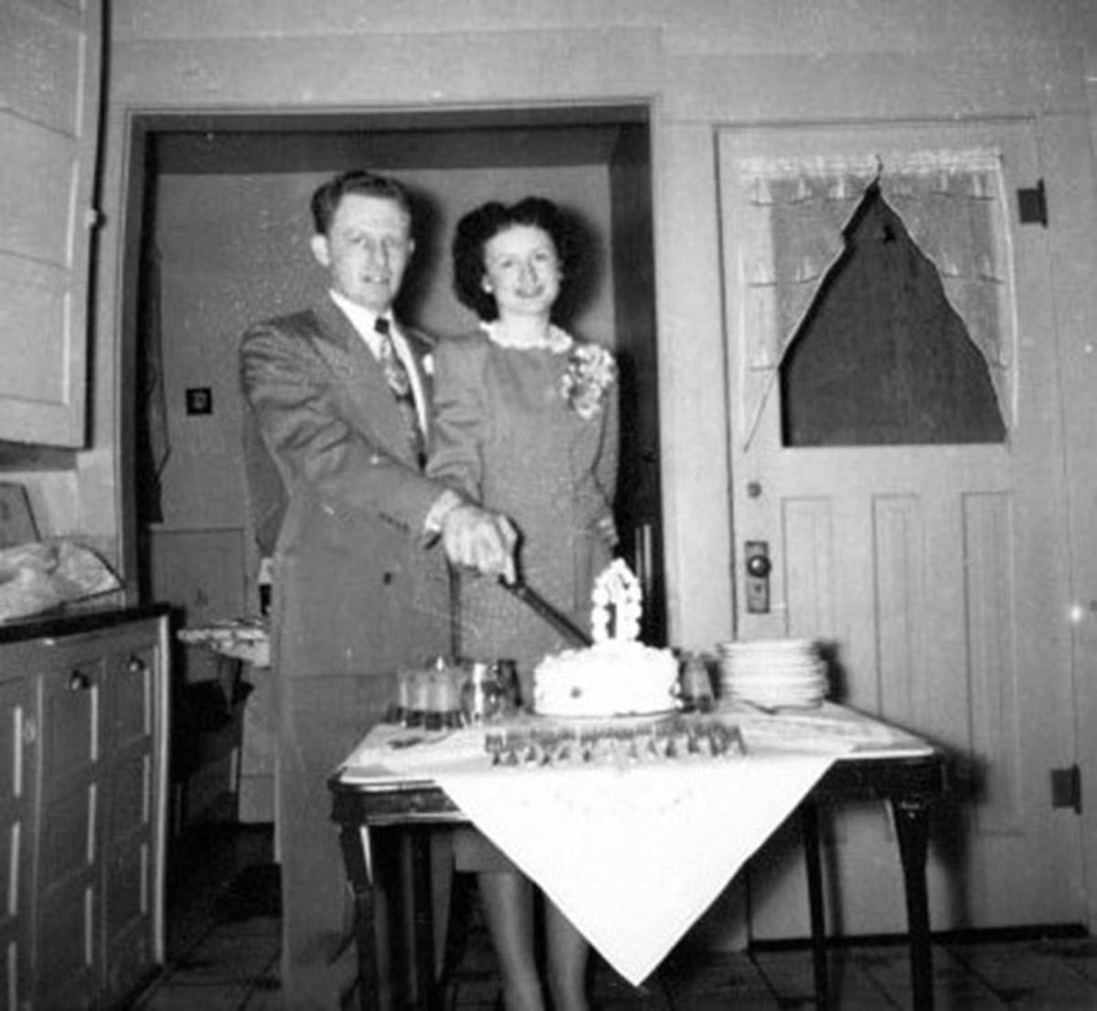 Gene and Nona Grime celebrate 70th wedding aniiversary