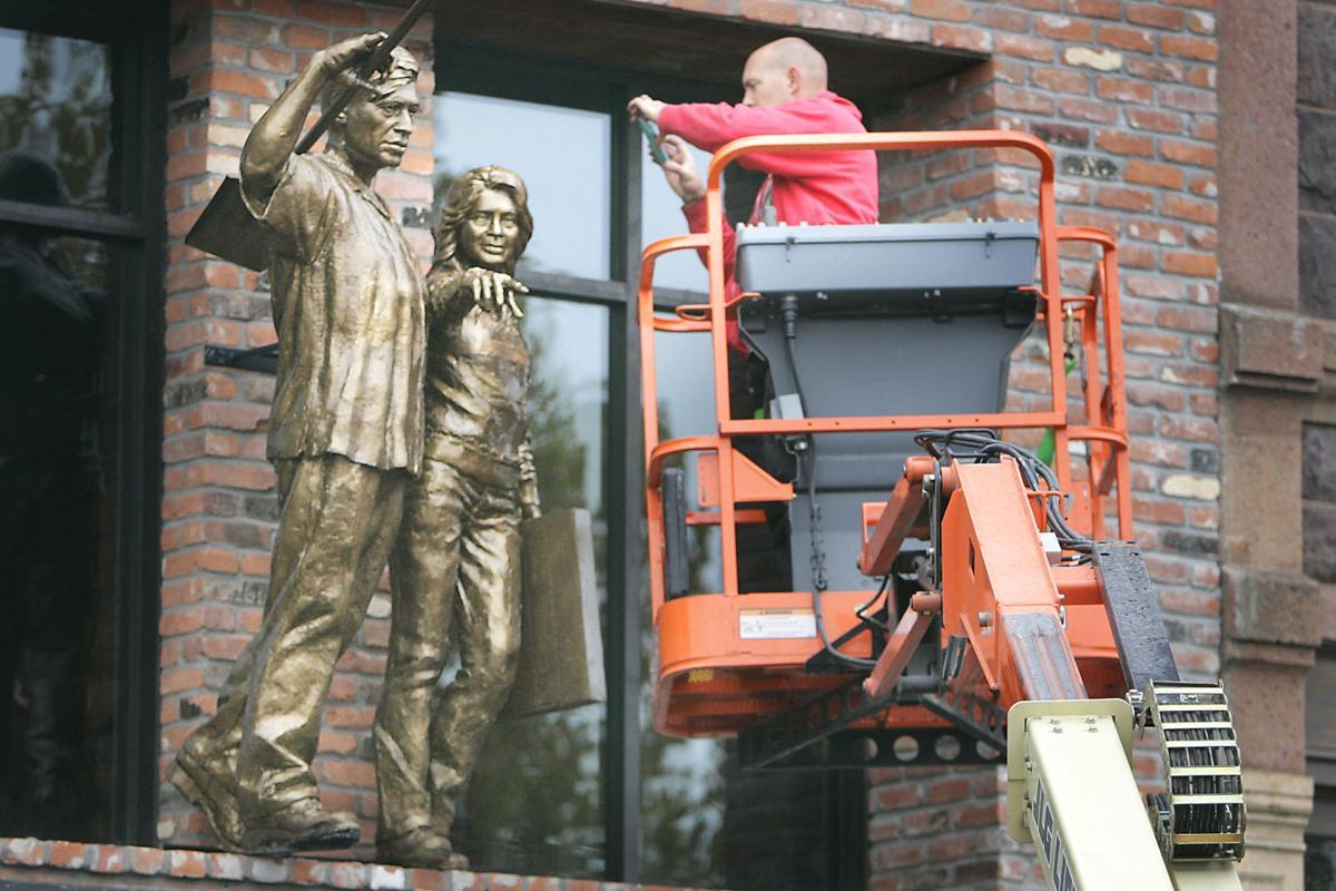 Cesar Chavez and Dolores Huerta Statue