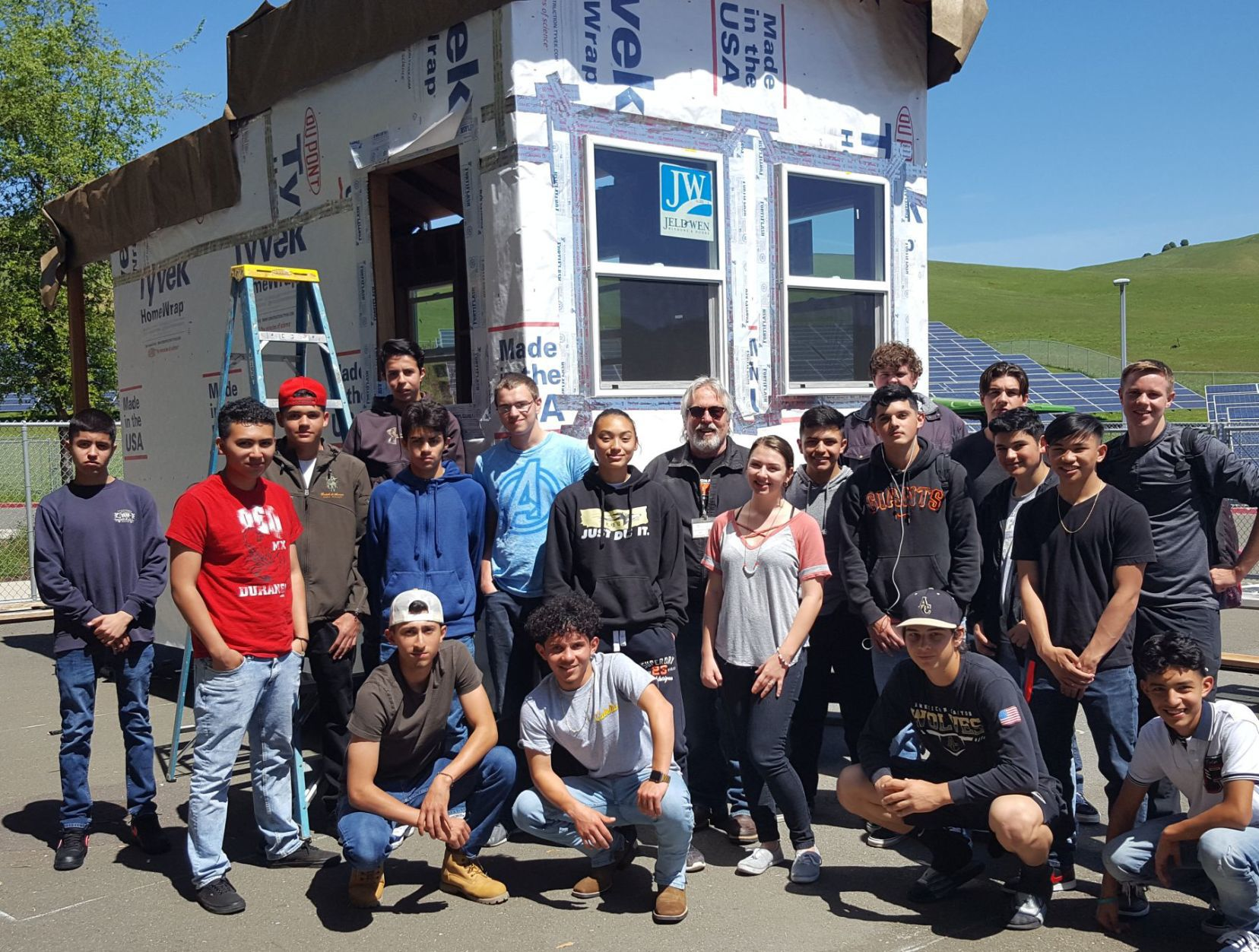 Tiny House American Canyon High Construction Class