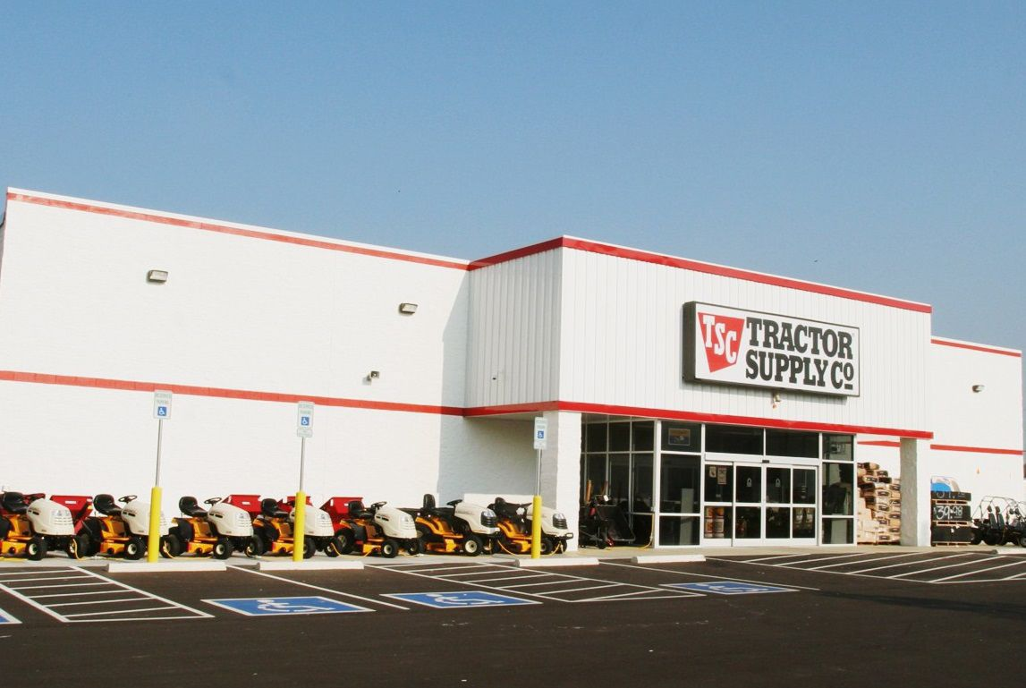 Tractor Supply Find It : Amcan tractor supply hosts ffa fundraiser business
