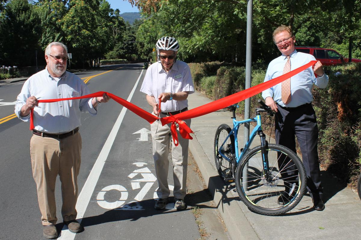 St. Helena celebrates new bike lane