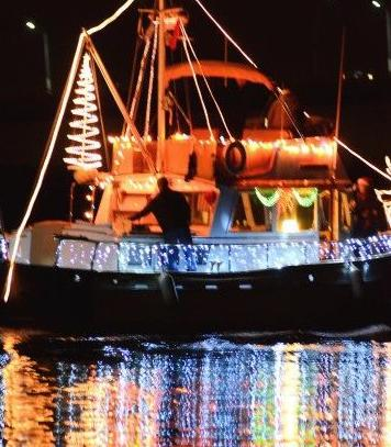 Lighted Boat Parade scheduled for Saturday (copy)