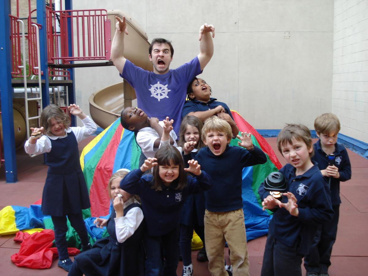 SP actor with kids