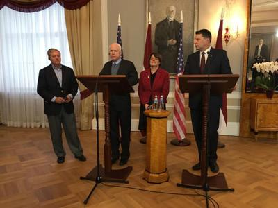 US senators: Russia should be sanctioned for election hacks