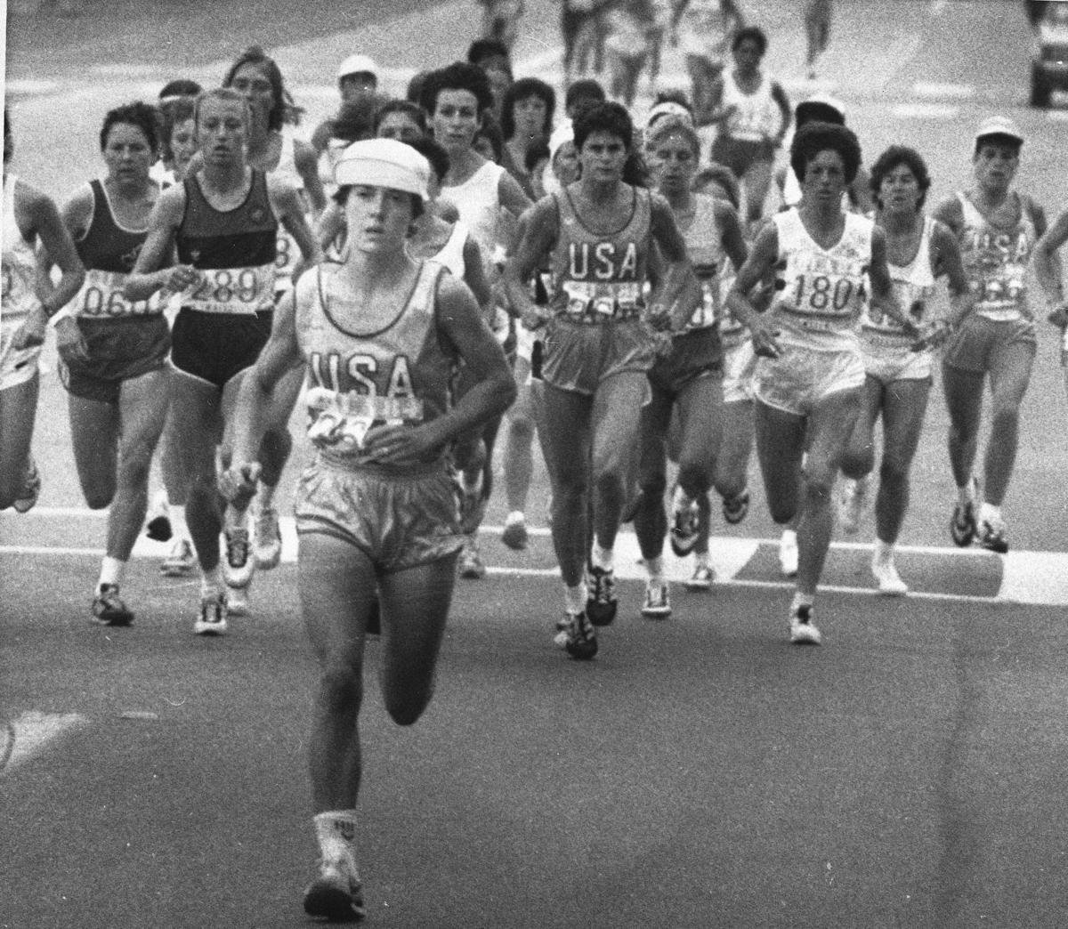 Joan Benoit Samuelson wins 1984 Olympic women's marathon