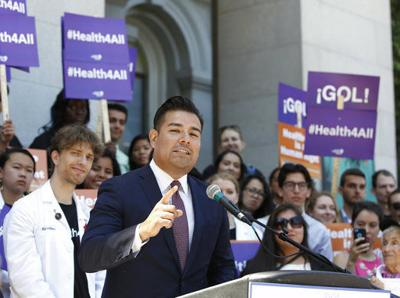 California lawmakers consider dumping health insurers
