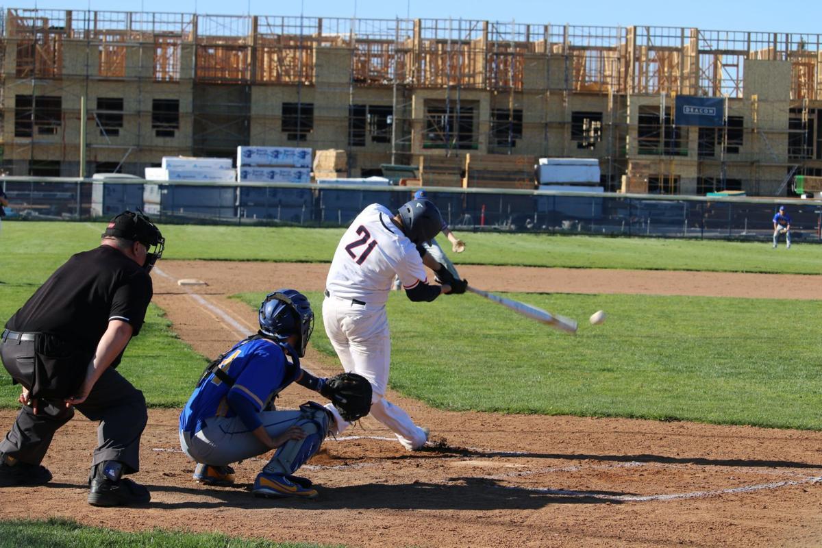 Justin-Siena baseball