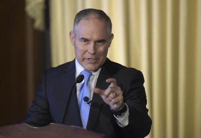 Emails: EPA's Pruitt cozy with fossil fuel industry