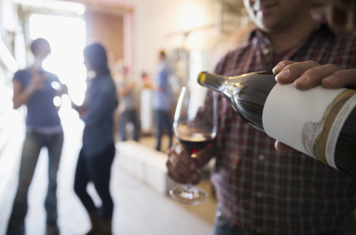 The Unwritten Rules of Tasting Room Etiquette