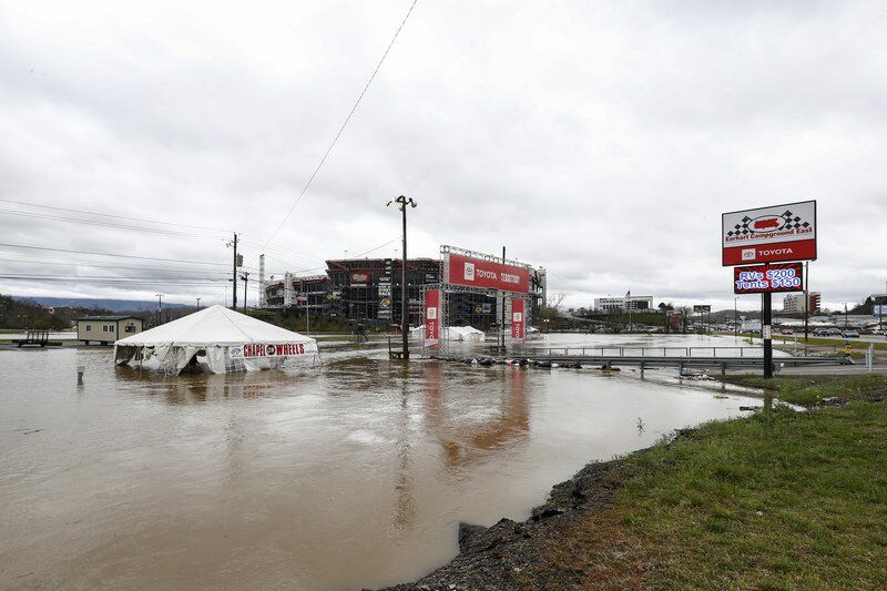 Rain swamps Bristol dirt track; NASCAR to try again Monday