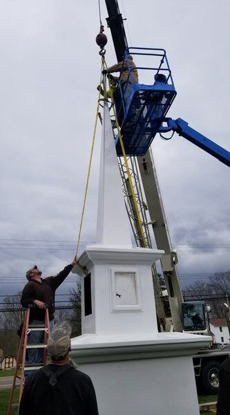 Church erects steeple to honor late pastor
