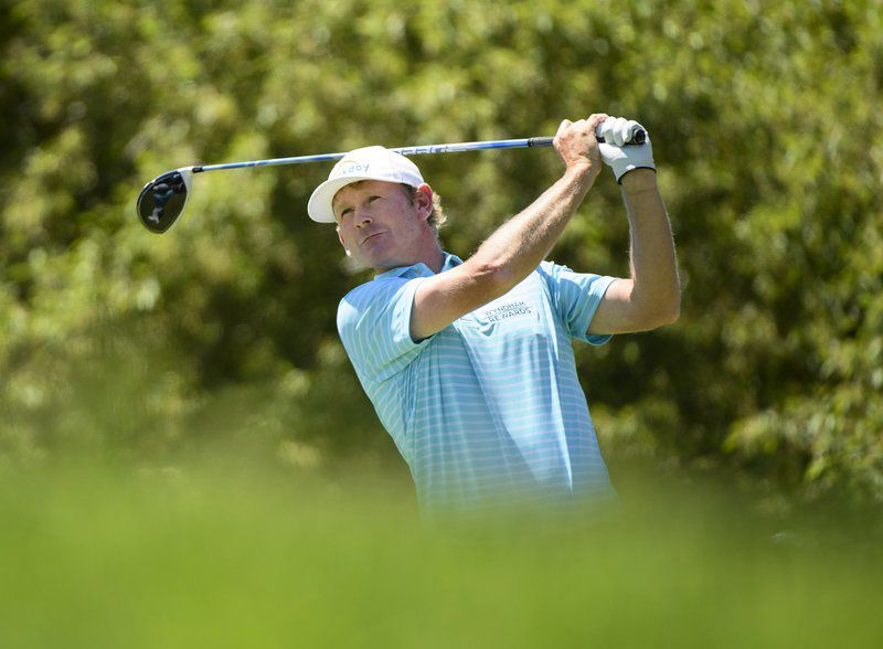 Snedeker 1 stoke back after tying tourney record 10-under 60