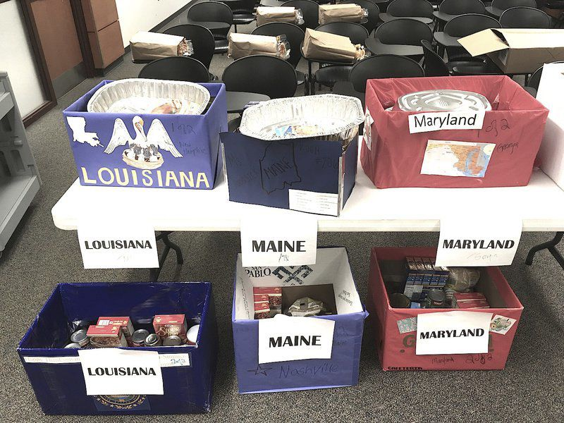 Delivering Thanksgiving dinners continues at Neshannock