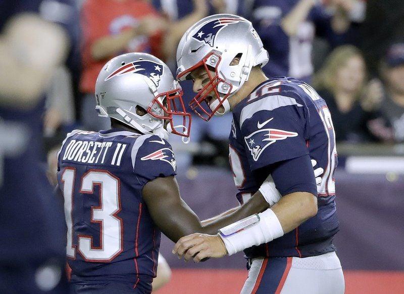 Brady starts his 20th season by beating Steelers 33-3
