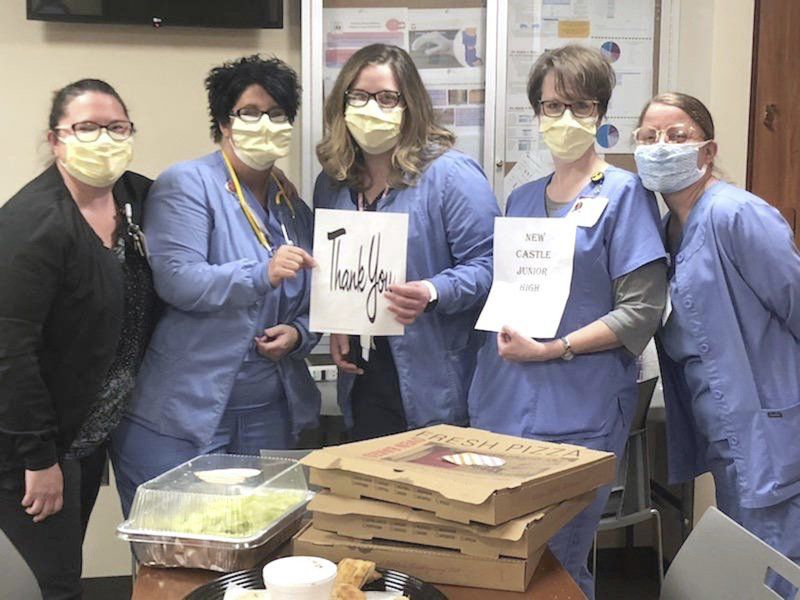 School says 'thank you' to hospital, with pizza