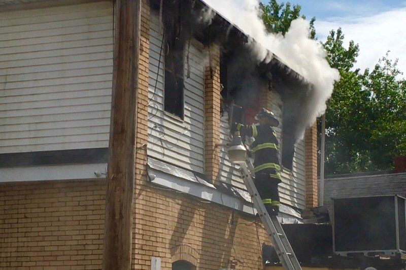Fire ravages longstanding tavern on South Side