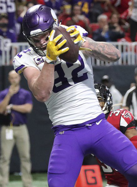 Keenum throws for two TDs as Vikings win eighth straight