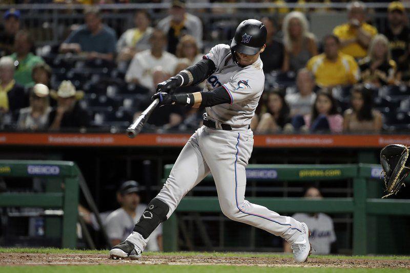 Got you, bro: Brian Moran K's brother Colin in MLB debut
