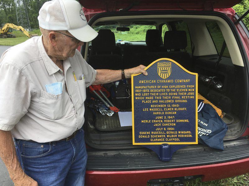Plaque will pay tribute to victims of plant explosions
