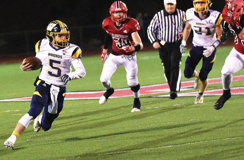 'Hounds seek 14th District 10 title