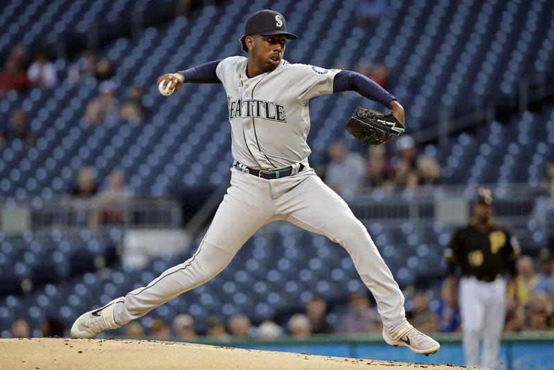 Lewis hits fifth homer in nine days as Mariners top Bucs