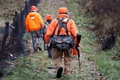 Senate committee OKs added Sunday hunting days